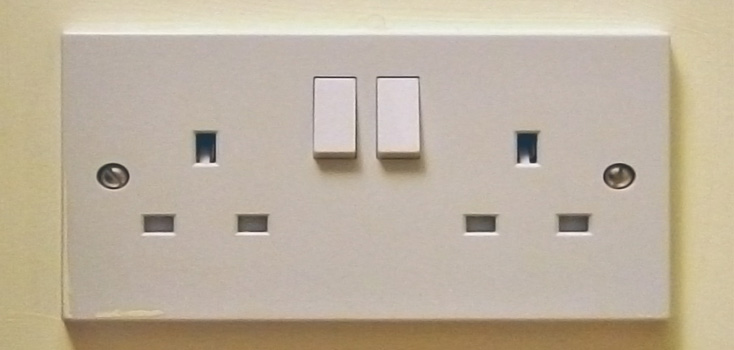 How to replace a broken plug socket