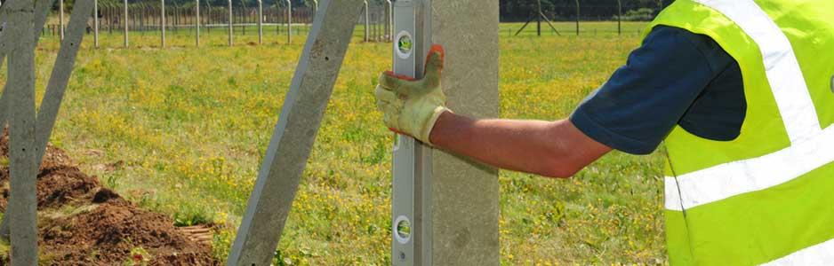 An example of a fencing fencing contractor installing a new fence